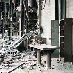 (.tom troutman.) Tags: bronica sqai film analog 120 kodak portra 80mm mediumformat abandoned industrial pa coalbreaker 6x6