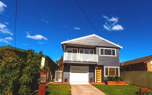24 Marmion Street, Mannering Park NSW 2259