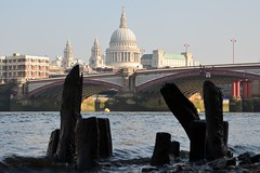 Early Morning St Pauls Across the Thames (A-Lister Photography) Tags: wood city uk morning bridge sun sunlight building london beach water horizontal skyline river landscape cityscape bright earlymorning icon christopherwren stpaulscathedral iconic riverthames foreshore cityoflondon londonicon iconiclondon adamlister nikond5100 alisterphotography