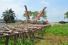 อบจ.นนทบุรี ก่อสร้างสร้างสะพานข้ามคลองพระพิมล