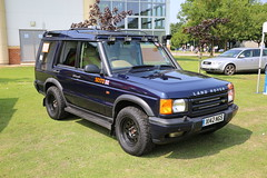 Kent Police Open Day 2013 (kenjonbro) Tags: uk blue kent 4x4 suv landrover openday 2013 discovery2 worldcars kentpolice se172 kenjonbro southeast4x4response canoneos5dmkiii kentpoliceopenday2013 x142ngs