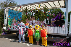 "Witham Carnival - Brownines - Girl Guiding • <a style=""font-size:0.8em;"" href=""http://www.flickr.com/photos/89121581@N05/9289338173/"" target=""_blank"">View on Flickr</a>"