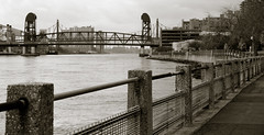 59th St. Bridge (vpickering) Tags: newyorkcity bridge river bridges queens rivers eastriver rooseveltisland 59thstbridge