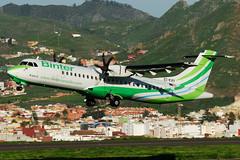 "Binter Canarias (Naysa) ATR-72-500 EC-KRY  MSN 795 ""Azero"" (Jimmy LWH) Tags: nt aircraft flugzeug ibb avion sigma100300mm vliegtuig atr binter aeroplano tfn aeronave atr72500 bintercanarias atr72212a avionsdetransportrgional gcxo naysa ex100300f4 eckry lwh1988 msn795 19dec2012gcxo"