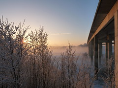 Winterliche Morgendämmerung (perspective-OL) Tags: schnee winter snow frost autobahn land brücke eis landschaft oldenburg weis oldenburger fluslandschaft
