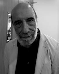 Raúl Zurita (Mighty Barbs) Tags: portrait blackandwhite blancoynegro face retrato cara poet writer author rostro chileno poeta escritor chilean zurita raúlzurita poetachileno chileanpoet premionacionaldeliteratura chileannationalprizeforliterature