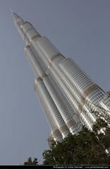 Burj Khalifa, Dubai, United Arab Emirates (JH_1982) Tags: building tower skyscraper canon eos eau dubai united uae emirates khalifa arab worlds highrise som emirate unis burj   tallest vae unidos  duba    rabes arabes emiratos vereinigte arabische dubayy  60d  mirats           dubi