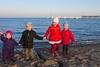 _DSC8800 (Kaminscy) Tags: winter portrait beach bay pier poland holdhands mechelinki