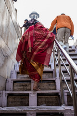 Pilgrims on the Stairs 7862 (Ursula in Aus - Away Travelling) Tags: india architecture taj tajmahal unesco uttarpradesh earthasia