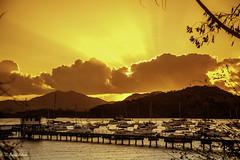 The Old Pier (Bernai Velarde-Light Seeker) Tags: pier boats sail ocean sea pacific panama central centro america mar muelle oceano pacifico bernai velarde sunset atardecer
