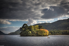 The Beginning of Autumn (Simon_Baker2011) Tags: scotland lochlomond island trees