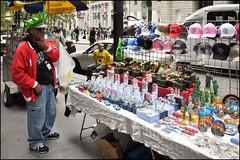 2010-09_DSC_1840_20160915 (Ral Filion) Tags: newyork usa ville cit urbain conomie commerce touriste trottoir sidewalk tourist city urban economy