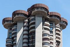 Torres Blancas, Madrid (jacqueline.poggi) Tags: espagne españa franciscojaviersáenzdeoiza madrid spain torresblancas architect architecte architecture architecturecontemporaine contemporaryarchitecture