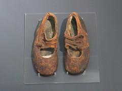 2016-091619 (bubbahop) Tags: 2016 canadatrip halifax novascotia canada maritime museum atlantic titanic artifacts baby shoes sidney leslie goodwin