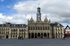 Town hall of Saint-Quentin (Aisne) - Front view (Sokleine) Tags: townhall hteldeville gothic gothique medieval heritage mn monumenthistorique building architecture saintquentin 02 aisne hautsdefrance france grandplace historic faades