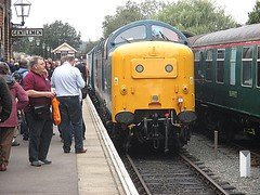55019 at Ongar, EOR Epping Ongar Railway Diesel Gala 17.09.16 (Trevor Bruford) Tags: eor epping ongar heritage railway north weald br blue train diesel locomotive gala deltic d9019 9019 55019 royal highland fusilier napier ee english electric dps preservation society
