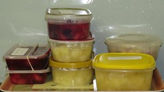 5042 Cooked (stewed) fruit for the freezer (Andy - Daft as a brush - don't ask!) Tags: 20161017 aaa apple bbb blackberry ccc cooked cookingapples ppp pudding sss stewedapple stewedblackberry storagecontainers summerpudding