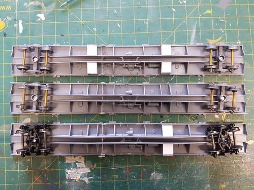 VQRF 1 F, QQGY 628 D, RRDY 112 P