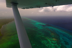 2016.08.20 13.37.30.jpg (Valentino Zangara) Tags: 5star belize flickr plane reef sea water bz