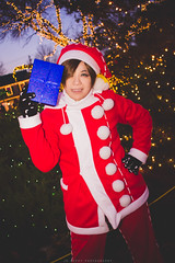 holiday2016-b06 (jobevvy) Tags: peddlersvillage 2016 onlocation christmas cosplay anime gaming xmas photoshoot
