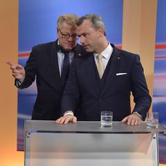 Bundesprsidentenwahl 2016 #bpw16 (daniel-weber) Tags: bpw16 bundesprsidentenwahl 2016 wien vienna austria norberthofer alexandervanderbellen hofburg medienzentrum