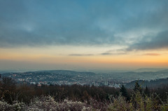 Goldener Wintermorgen am Monte Scherbelino. (thomasmayer382) Tags: gold sunrise sonnenaufgang landschaft landscape goldenestunde goldenhour stuttgart winter sonyalpha sigma24mm art
