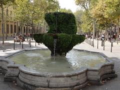 Aix en Provence - Fontaine sur le Cours Mirabeau (Hlne_D) Tags: france fountain aixenprovence paca provence fontaine aix bouchesdurhne coursmirabeau provencealpesctedazur fontainedelarotonde hlned