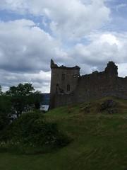 Urquhart Castle (rattyfied) Tags: landscape scotland urquhartcastle invernessshire