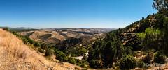 Panorámica desde la subida al Cancho Cabeza (Airbeluga) Tags: madrid españa senderismo patones atazar comunidaddemadrid sendlozoyaycanchocabeza