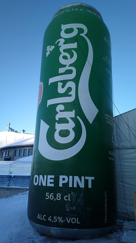 """One pint of #Carlsberg please!"" #WorldCupLevi #Pureview"