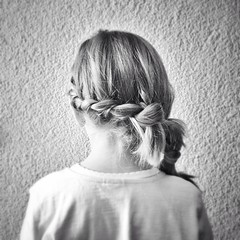 (carlesLopez) Tags: bw girl back bn braid trenza ciutatjardí