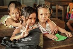 SiemReap-216_2400_1600 (BenSG) Tags: street children cambodia child streetphotography siemreap watervillage cambogia bensg benanzioli villaggiosullacqua