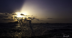 A drop in the ocean. (ekaitzas) Tags: ibiza eivissa illesbalears baleares balericislands isla island pitiusas mediterrneo mediterraneamente mar sunset playa beach theendlesssummer sea
