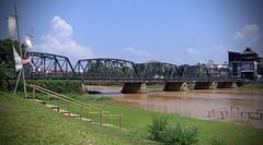 Chiang Mai - Thailand (zoemaxim) Tags: chiang mai thailand ping iron bridge river sony rx100m3 rx100iii rai 100 rx iii