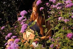 Moment Privilgi (Audrey Haly) Tags: femme enceinte pregnant woman women nature portrait portraiture fleur fleurs flower flowers flore sun t soleil
