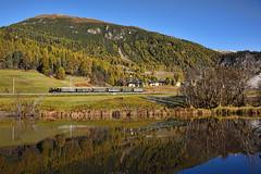 Un giorno d'autunno (Paolo Brocchetti) Tags: madulain ngc treno engandina autunno paolobrocchetti ferrovia svizzera retiche nikon ottobre d810 2016 bahn rail flickrtravelaward railway heidi locomotiva