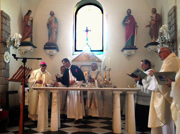 5. Consacrazione Chiesa - Vescovo di Ajaccio Olivier De Germay
