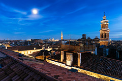 Tetti di Venezia (Nik!) Tags: luna venezia venice roofs tetti fondacodeitedeschi fontego