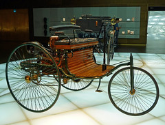 Revolution of mobility (Schwanzus_Longus) Tags: german germany old classic vintage brass era veteran schanuferl vehicle mercedes benz karl patent motorwagen 1886 trike museum stuttgart car