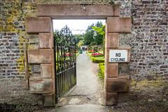 297 - through the garden gate (md93) Tags: belleisle ayr gardens gate ayrshire 366 park wall
