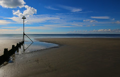 Waiting For The Tide (WHO 2003) Tags: beach sea eastwittering groynes