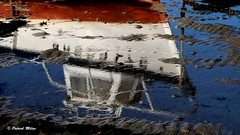 Red Reflection (patrick_milan) Tags: plouguin ploudalmezeau portsall kersaint landunvez landeda lannilis treglonou saintpabu pabu abers finistère brittany bretagne bzh saintrenan renan lanildut aberwrach lampaul plouarzel colors landscape sea mer iroise water saint porsall saariysqualitypictures