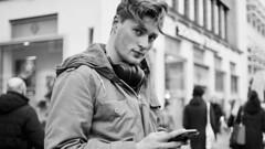 Caught in the App - Betrappt (ritzotencate) Tags: smartphone addiction groningen betrappt caughtintheapp student