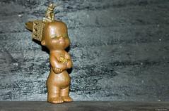 Bb (misterblue66) Tags: plasticart mixte cuivre copper kopperen plastic plastique jouet toy speel microcosme faller preiser figurine personnage bb baby tour tower garde fixe