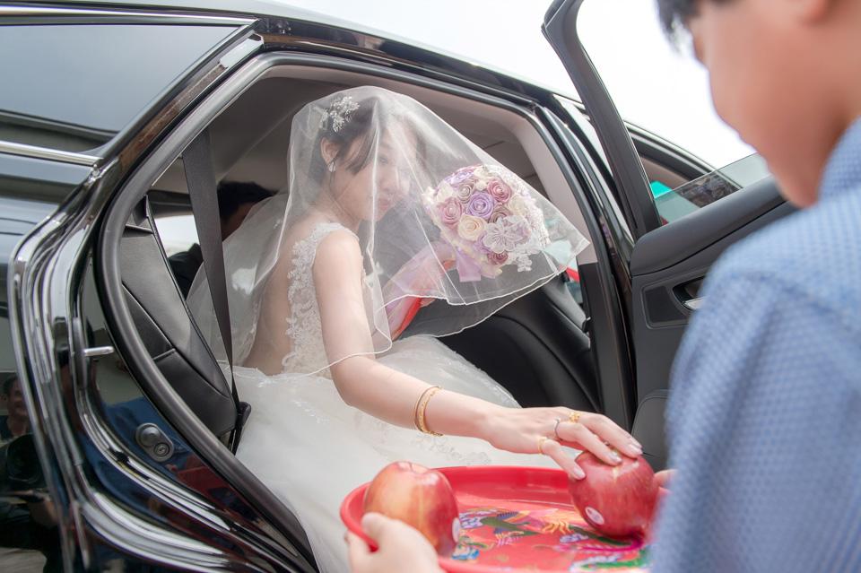 台南婚攝 婚禮紀錄 情定婚宴城堡 C & M 070