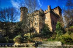 Torino - Castello del Valentino (Roberto Defilippi) Tags: 942016 rodeos nikond7100 castello castle valentino