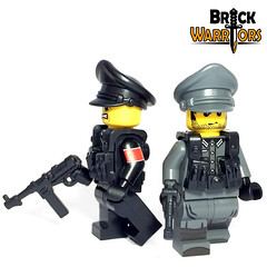 Crusher Cap Side View (BrickWarriors - Ryan) Tags: brickwarriors custom lego minifigure weapons helmets armor crusher cap german ww2 world war military guns