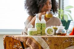 IMG_6217 (sabrinafvholder) Tags: women black african american natural hair ors commercial tea drinking girlfriends