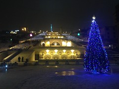 Cascade by Night (Alexanyan) Tags: cascade yerevan armenia երեւան հայաստան կասկադ christmas tree light night new year winter snow