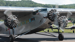 Three Turning (blazer8696) Tags: usa ford metal airplane tin zoo airport unitedstates connecticut air ct goose kalamazoo division danbury stout 1929 58 ecw trimotor 5at 2013 dxr kdxr mirybrook t2013 n4819